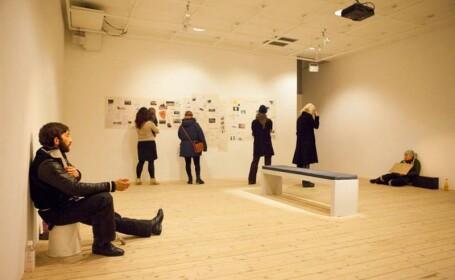 Un muzeu din Suedia foloseste cersetori din Romania pe post de recuzita: Saracia a venit atat de aproape. M-a deranjat