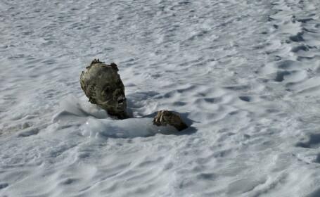 Doua mumii inghetate au fost gasite pe cel mai inalt varf muntos din Mexic. Cine ar putea fi persoanele disparute