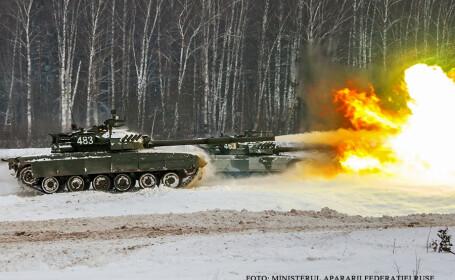 exercitiu militar cu tancuri rusesti