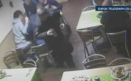 Camera de supraveghere. Un britanic a incercat sa scape de nota de plata de la restaurant cu ajutorul unui soarece