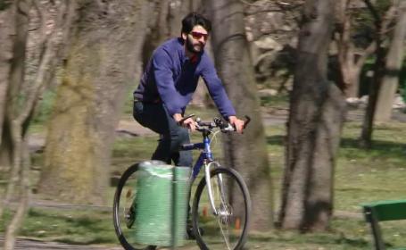 Un biciclist roman pleaca in lume sa afle \
