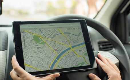 O femeie a murit dupa ce GPS-ul din masina i-a spus sotului ei sa mearga pe un pod demolat din 2009, in Chicago