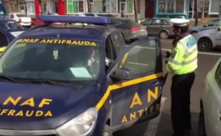 VIDEO Inspectori ANAF, legitimati de politie dupa ce au parcat pe locul pentru handicapati