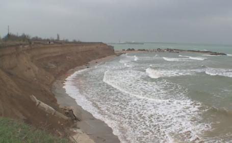 Litoralul romanesc va castiga 2 milioane de metri patrati de nisip. Falezele care vor fi consolidate cu bani europeni
