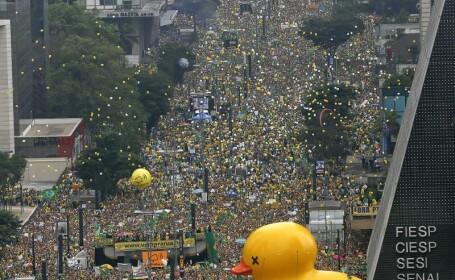 Manifestatii de proportii istorice impotriva presedintei in Brazilia. 1.4 milioane de oameni au iesit in strada. FOTO