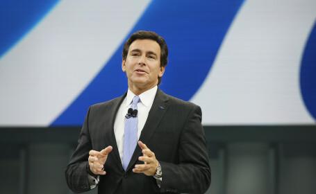 Veniturile uriase incasate anul trecut de directorul general al Ford, Mike Fields