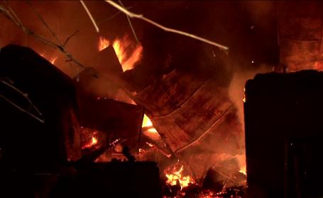 Rasturnare de situatie in cazul incendiului din Iasi in care au murit o mama si doi copii. Ce spun anchetatorii despre tata