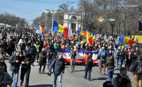 mars pentru unire la Chisinau