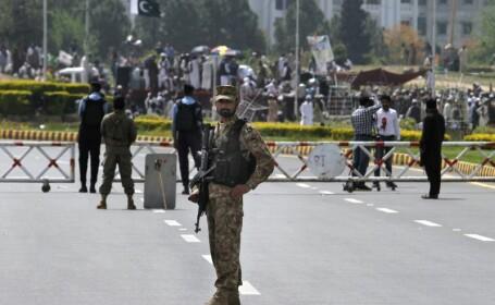 Pakistanul a retinut peste 5.200 de persoane dupa atentatul soldat cu cel putin 73 de morti. Cati dintre ei au fost eliberati