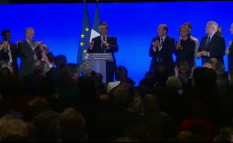 Francois Fillon a declarat ca isi va mentine candidatura la presedintie: \