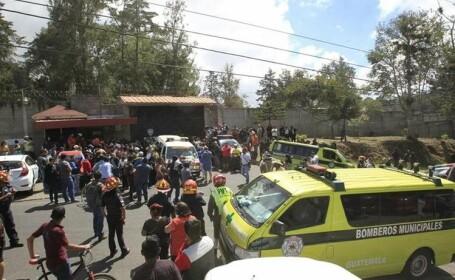 Incendiu devastator la un camin de minori, in Guatemala: 20 de fete moarte si 25 de persoane ranite. \