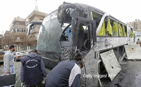 Bilantul dublului atentat cu bomba din Damasc a ajuns la 74 de morti. Printre victime se numara si 8 copii