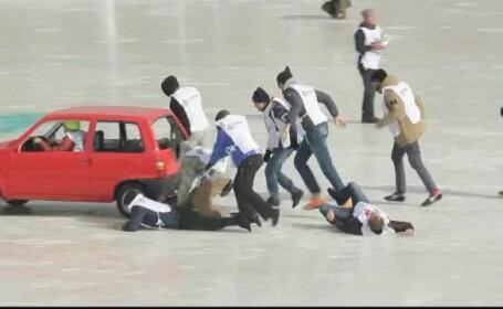 concurs de masini pe gheata in Rusia