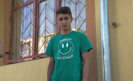 Trei ani s-a plimbat intre spitale un adolescent din Gorj, lovit la picior. Operatia de care are nevoie dupa ce s-a infectat