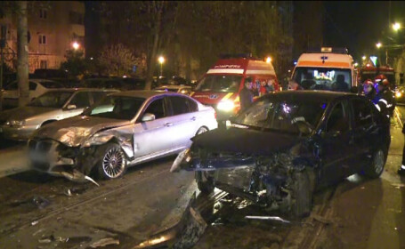 Accident grav in Sectorul 2 al Capitalei. Un barbat a pierdut controlul volanului cu cativa metri inainte sa ajunga acasa