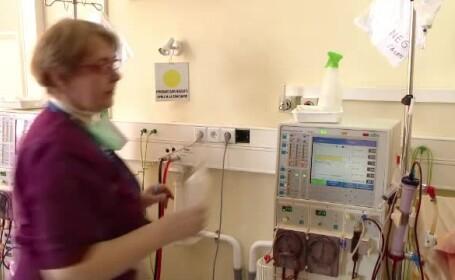 Moment emoţionant la spitalul Parhon din Iaşi, unde au fost invitate mamele dependente de dializă