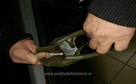 carte de identitate falsa in pantofi