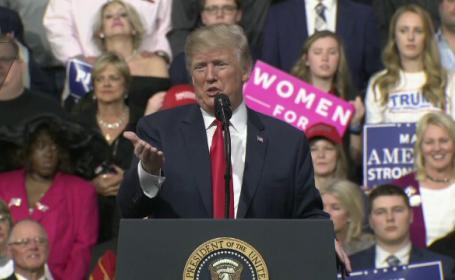 """Trump se laudă din nou: """"Mi-ar fi uşor să fiu preşedinte ca la carte"""""""
