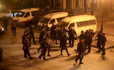 Un bărbat suspectat de terorism s-a aruncat în aer, în Tunisia