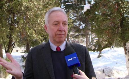 Ambasadorul Hans Klemm, primit cu pâine și sare la un centru de plasament din Iași