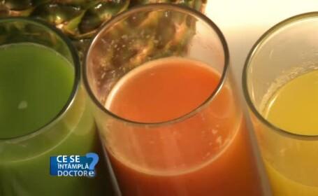 Sucurile de fructe nu sunt sănătoase. Agresează ficatul la fel ca berea