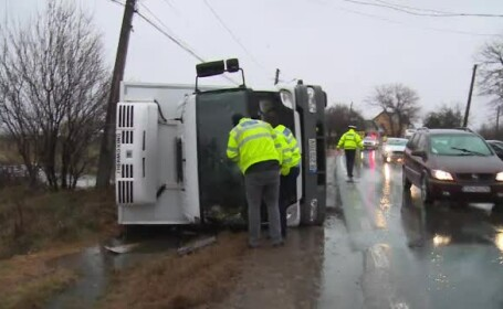 Soț și soție, accidentați mortal de un TIR, în drum spre muncă. Explicația șoferului vinovat
