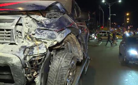 Carambol cu 4 mașini într-o intersecţie din Capitală. Cum s-a produs accidentul