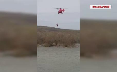 Hoț, salvat după ce s-a aruncat în apă, de teama polițiștilor