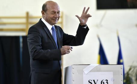 Traian Băsescu: \