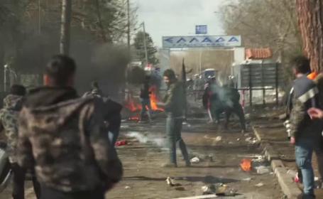Haos la frontiera Greciei. Migranții sirieni au rupt gardul de sârmă și au intrat în țară