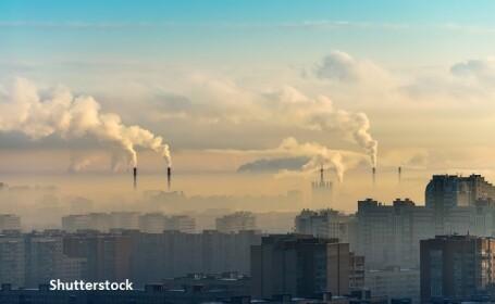 Poluare, oras - Shutterstock