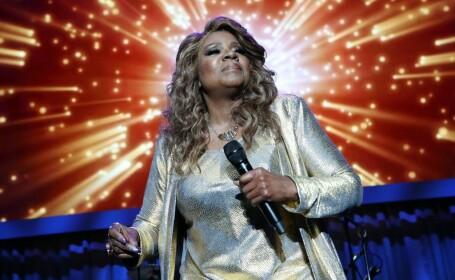 """Gloria Gaynor cântă """"I Will Survive"""" într-un clip în care se spală 20 de secunde pe mâini"""