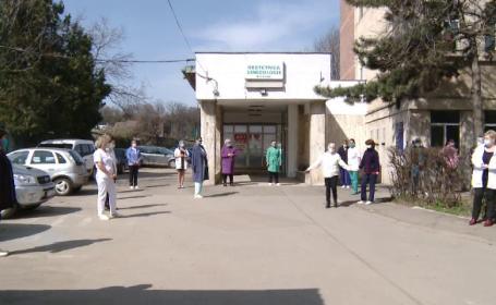Proteste în Botoșani. Medicii nu vor ca maternitatea să devină spital de carantină