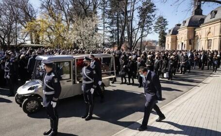Mii de persoane au participat la funeraliile primarului Zagrebului - 5