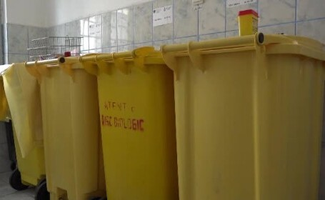 Evaziune și poluare cu deșeuri medicale. Descinderi la spitale și cabinete