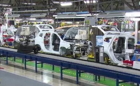 Criza din industria auto se adâncește. Dacia își oprește din nou activitatea
