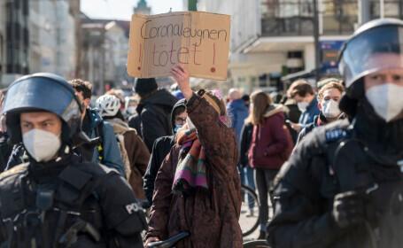 Proteste masive în Germania, față de restricțiile impuse. Autoritățile au folosit gaze lacrimogene