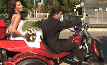 Nunta pe motocicleta