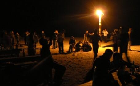 Turistii din Vama Veche s-au incalzit pentru mega-petrecerea de sambata