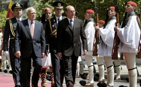 Basescu: Fac parte dintr-o clasa de oameni respectati in Grecia, marinarii