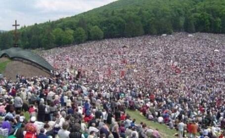 Pelerinaj impresionant: 100.000 de catolici la Sumuleu Ciuc, in Harghita