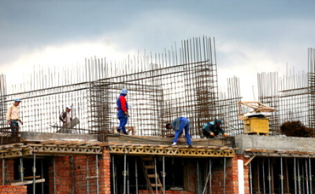 Casa constructie