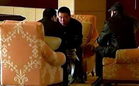 Democratie chineza. Reporter australian, urmarit zile intregi de agenti comunisti, iar apoi batut