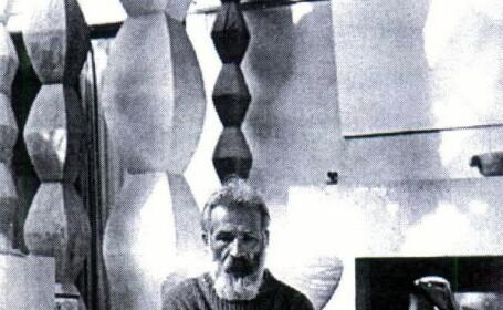 Constantin Brancusi, comemorat la Targu-Jiu cu o coliva, iar la Paris cu imagini unice ale marelui sculptor roman