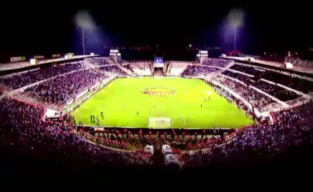 Presa straina: National Arena arata perfect. Taximetristii, mai escroci decat cei din Maroc