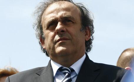 Platini si panglica lui Ontanu. Presedintele UEFA a inaugurat un teren de 100.000 EUR in Colentina