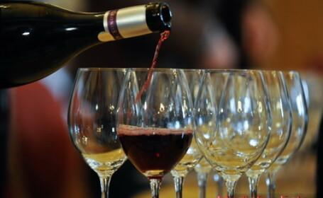 Povestea barbatului care a umilit elita industriei vinului. Cea mai mare inselatorie din istorie