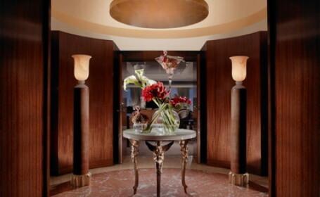 Cel mai scump apartament de hotel din lume. Pretul: cat un Porsche Cayenne/noapte. GALERIE FOTO