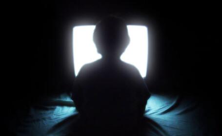 Un copil pierde un an din 7 la televizor. \