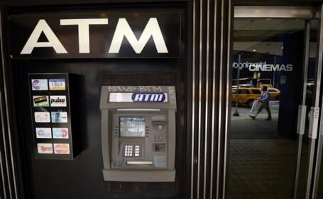 La bancomat, ca la pacanele. Noroc si ghinion pentru un american care era sa se imbogateasca din senin